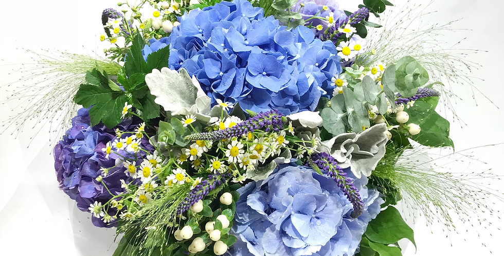 DREAMY BLUE 繡球花束