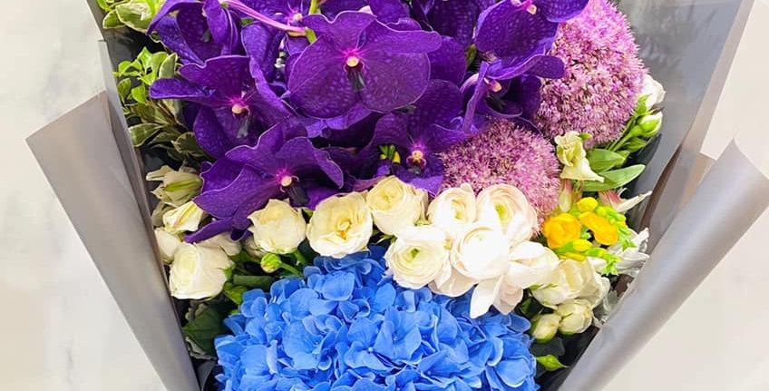 萬代蘭繡球花束