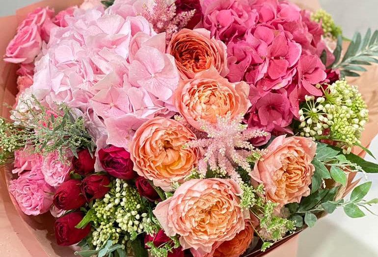 繡球庭園玫瑰花束