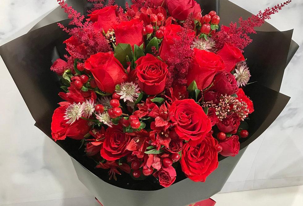 WARM-HEARTED 玫瑰花束