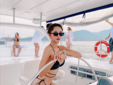 There is a new skipper sailing this yacht