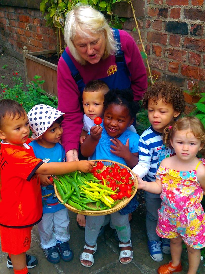 Sue Atherly with Nursery Children
