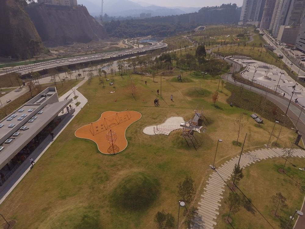 Vista Aérea Juegos Berliner en Parque la Mexicana Santa Fe CDMX