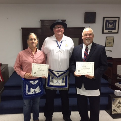Durham NC Freemasons Receive 25 Year Service Awards