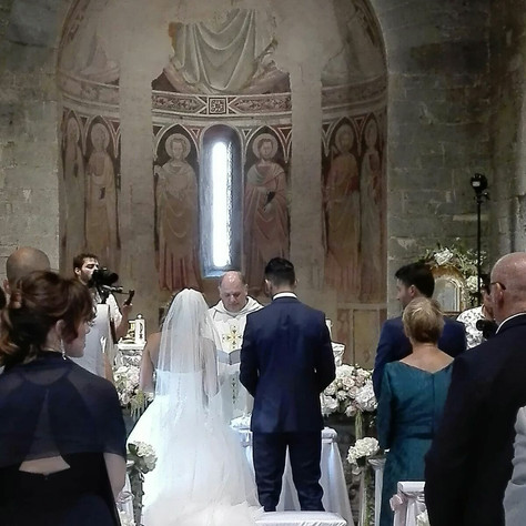 In Chiesa - Toscana