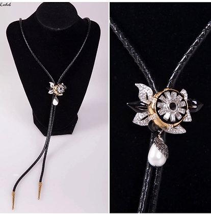 Louis Vuitton Windsor Fleur Tie Necklace