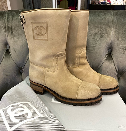 Chanel Suede Boots Shearling Lined size 38
