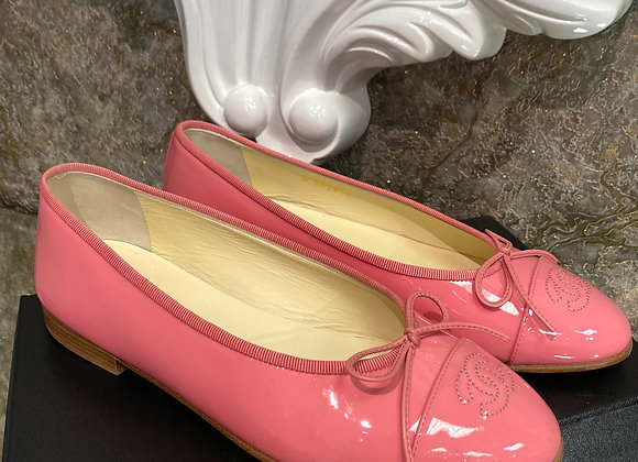 Chanel Ballet Patent Leather Flats size 38 (fit like US 7.5)