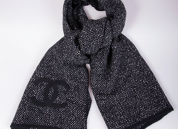 Chanel Large scarf/shawl (Brand New)