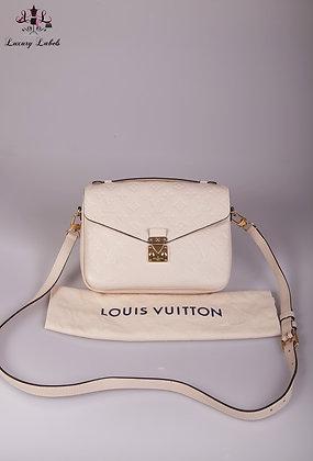 Louis Vuitton Pochette Metis Cream Leather Crossbody