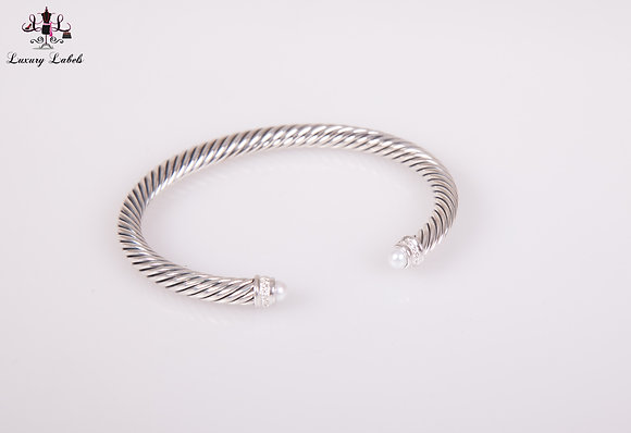 David Yurman 5mm Classic Bracelet Pearl w/diamondsSz. M (Brand New)