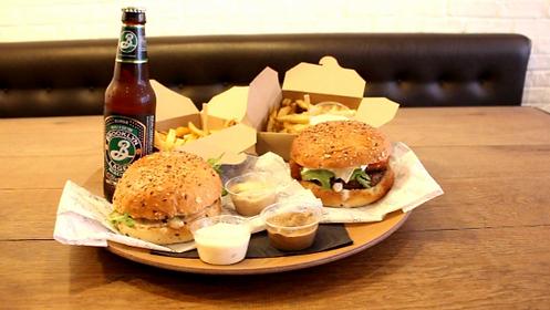 Guy & Sons - Menu Burgers_edited.png