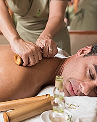 massagem-relaxante-com-bambus-elia-spa-b