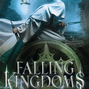 Six of Crows on hold- Falling Kingdoms, a review