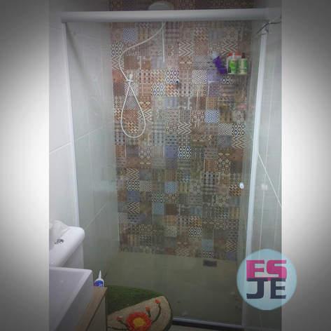 Box em Vidro Incolor - Serra Dourada - Serra/ES
