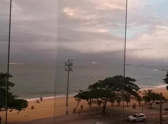 Manutenção e Revisão de Fechamento de Varanda - Praia de Itaparica - Vila Velha