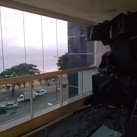 Manunteção de Varanda e instalação da Cortina de Vidro - Praia de Itaparica - Vila Velha/ES