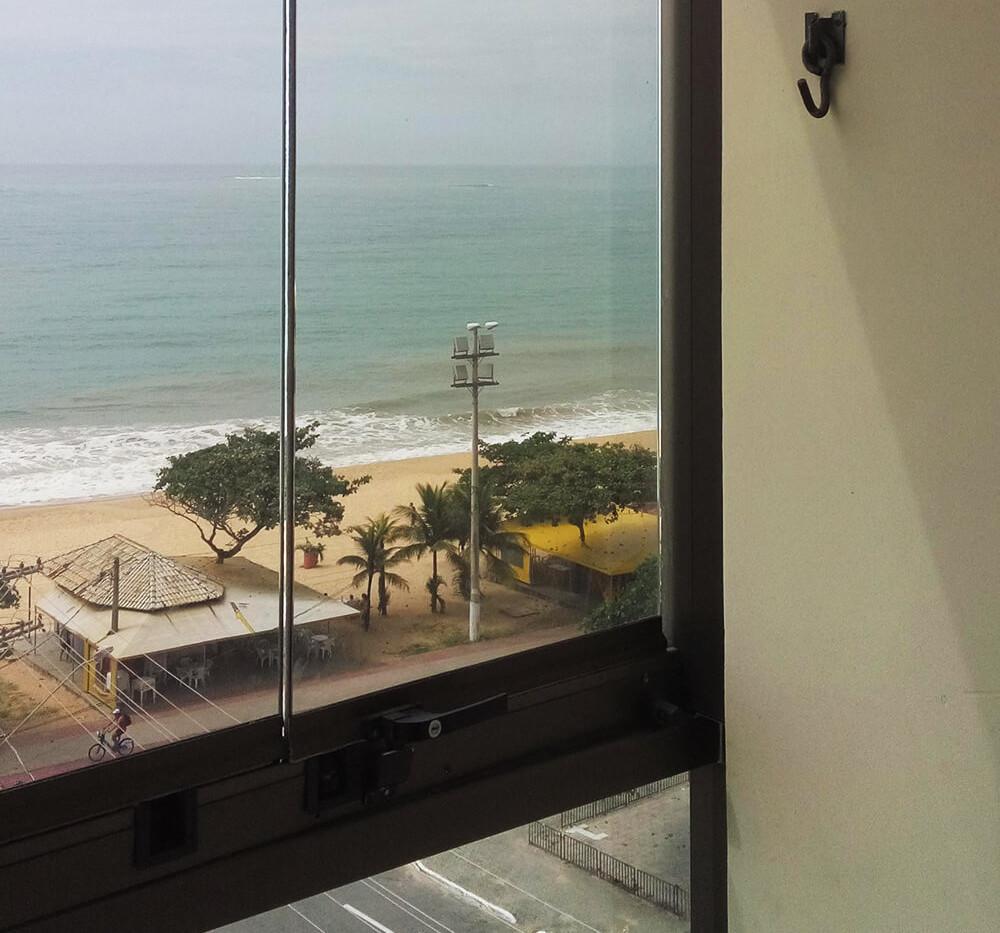 Manutenção de Fechamento de Varanda - Praia de Itaparica - Vila Velha