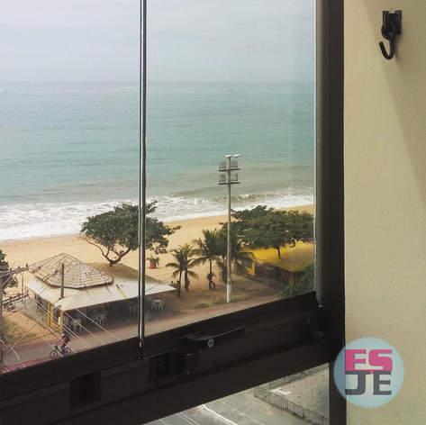 Manutenção em Fechamento de Varanda - Praia de Itaparica - Vila Velha/ES
