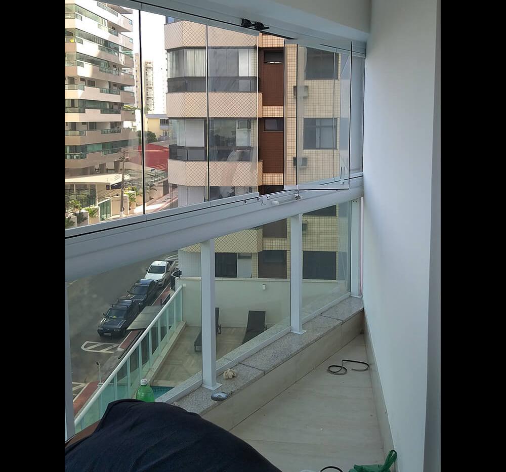 Instalação de Fechamento de Varanda - Coqueiral de Itaparica - Vila Velha