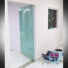 Porta de Vidro - Eldourado - Serra/ES