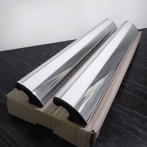 Puxador de 40cm por fixação - polido com acabamento branco + Silicone Acético