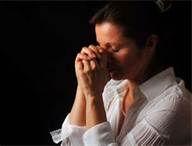 praying woman (2016_12_31 14_42_23 UTC).