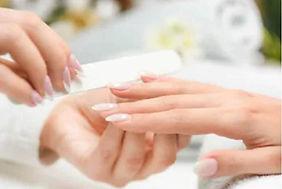Nails 1 z.jpg