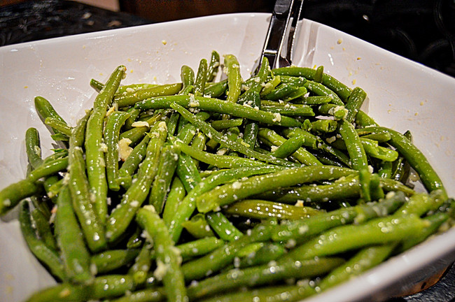 TAIWANESE GREEN BEANS WITH GARLIC