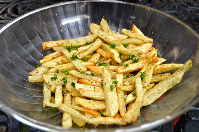 OVEN BAKED ZA'ATAR FRIES
