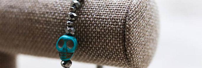 Silver Beaded Bracelet with Skull