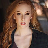 Lauren Robinson_Headshot.jpg
