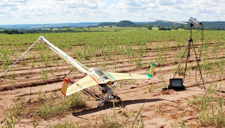 Uso de drones na agricultura e na cidade é regulamentado pela Anac. Foto: Divulgação.