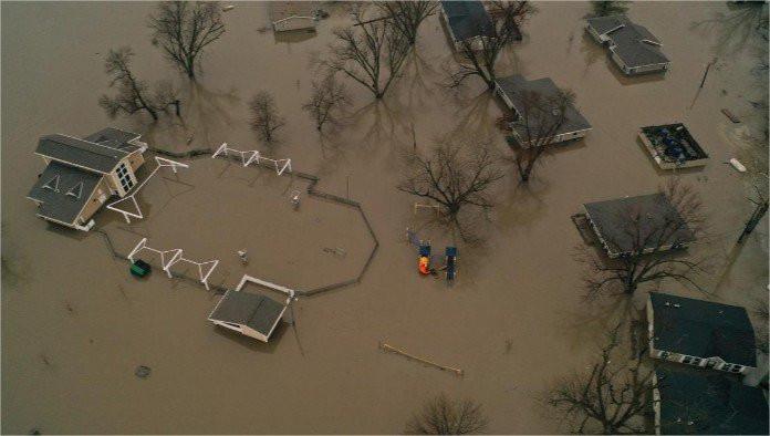 Enchentes atingem o Nebraska - Fotos: Reuters e Guarda Nacional do estado do Nebraska