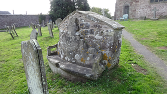 Goodrich, stone seat.PNG