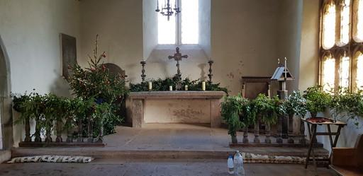 Llanrothal, altar