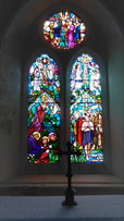 Welsh Newton, stained glass (2).PNG