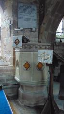 Welsh Newton, pulpit.PNG