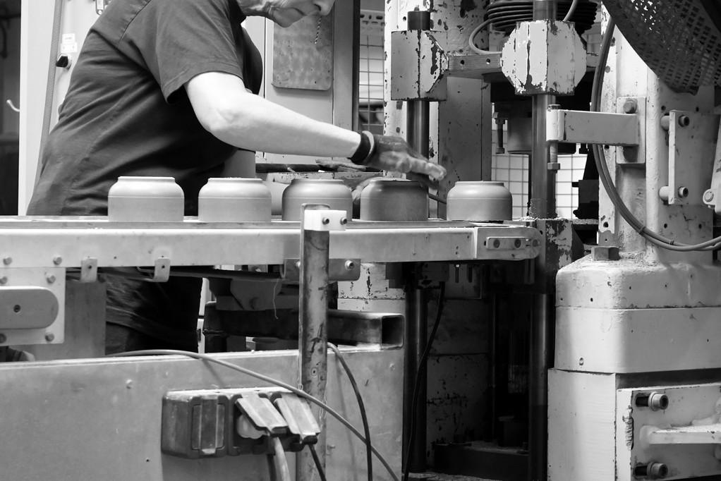 OHM_Press_Porcelain_Production_Ifö_Elect
