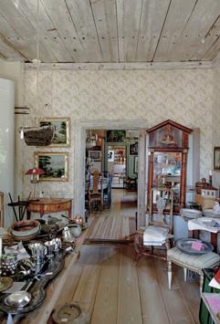 Mikola antiikkikauppa-7424.jpg