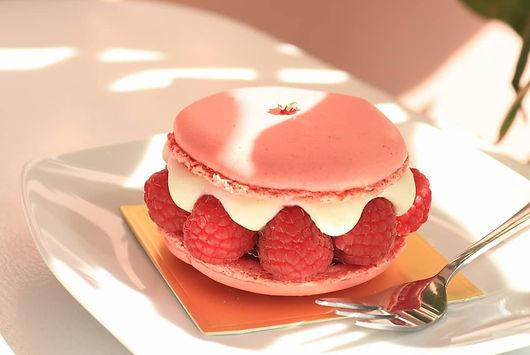 Raspberry Macaron.jpg