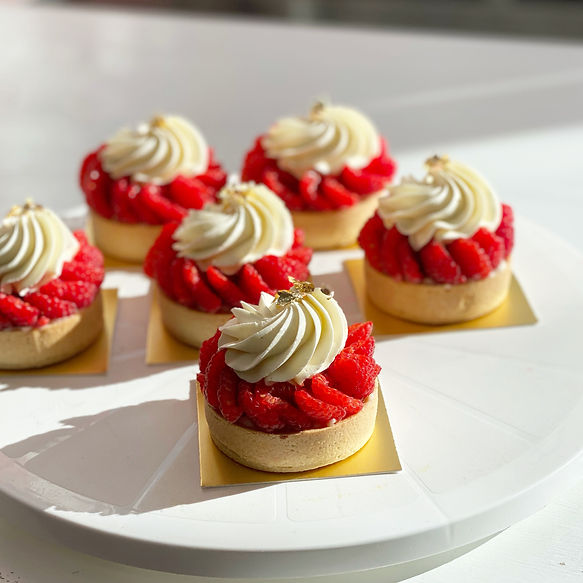 Aesthetic, Elegant, Modern and one of a kind desserts, handcrafted by our pastry chef Aiste Berlinskaite & Karolis Juskenas. Clients know her cakes as work of art.