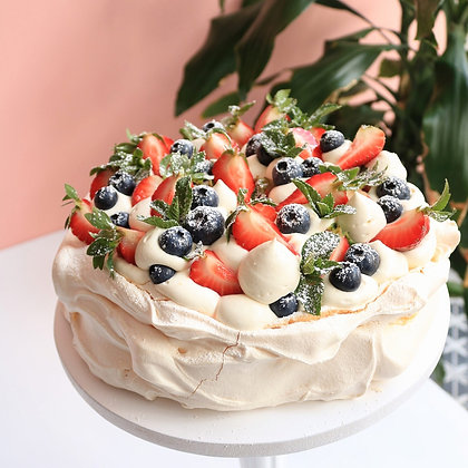 """One of the most Russian popular desserts """"Pavlova"""" Pavlova is made out of Meringue ,Vanilla Cream & topped with fresh berries"""