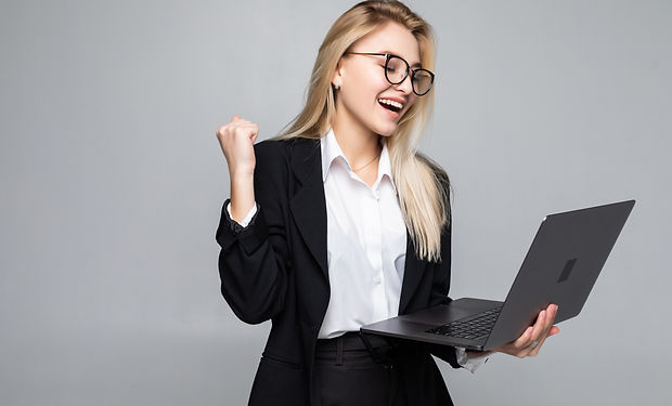 portrait-of-young-happy-business-woman-w