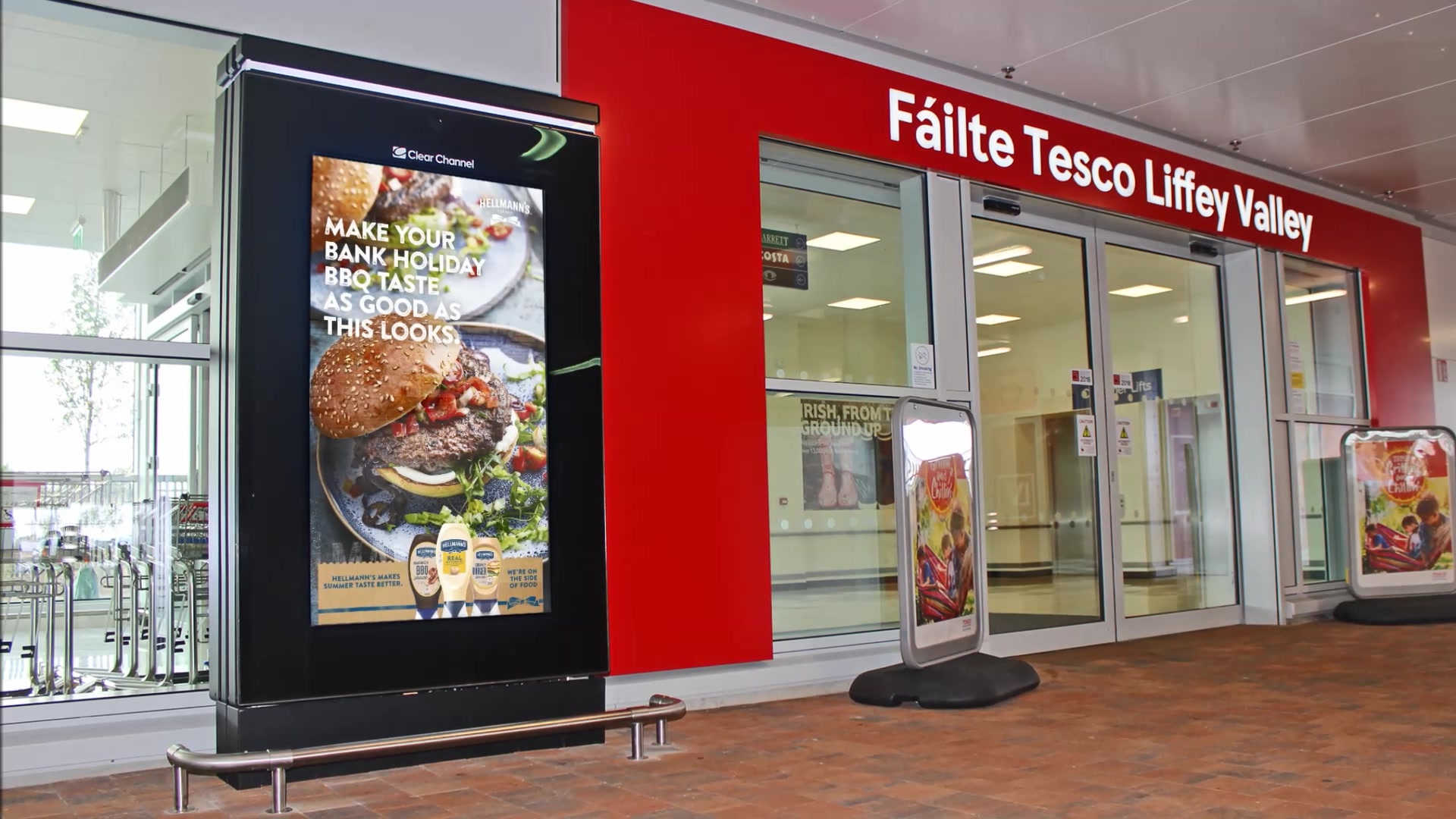 CLEAR CHANNEL Tesco Live