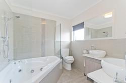 Spa Bath Unit