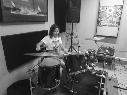 Уроки Барабанов - музыкальная студия Гитарвард