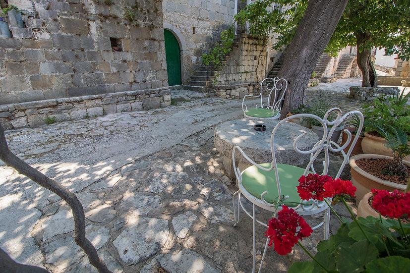 Medici - Omis riviera, Dalmatia