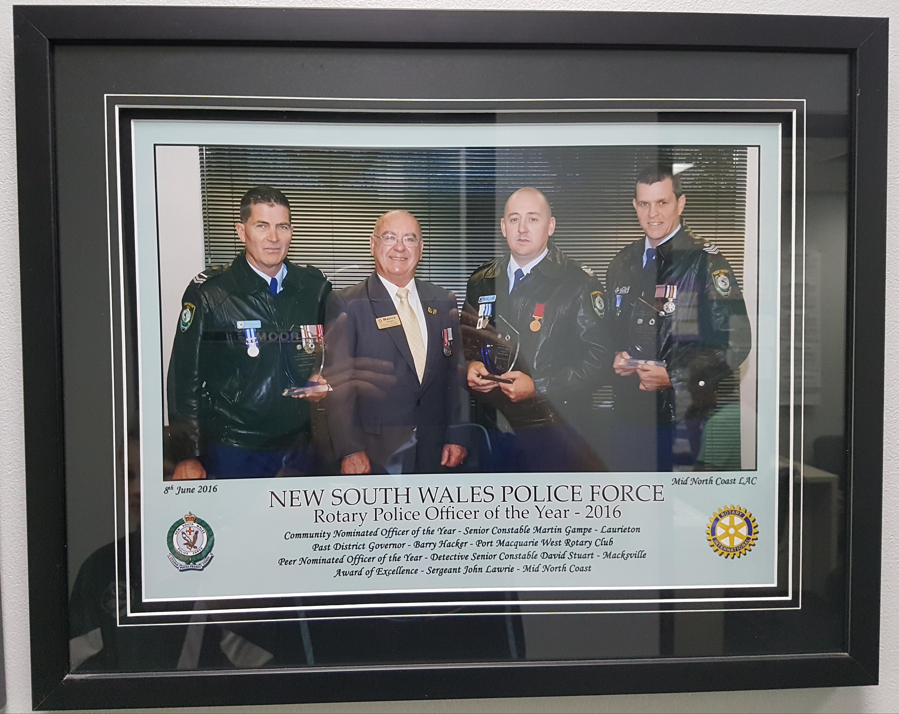 Police Frame 27-11-2017