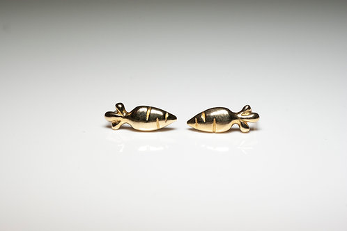 Gold plated Carrot Studs